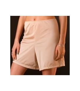 Combinación falda pantalón